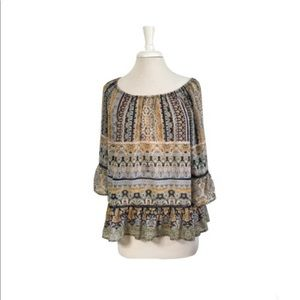 Democracy Boho Style Top With 3/4 Sleeves Size: L